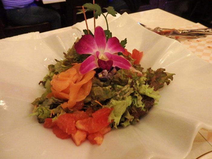 お花のガーデンサラダ
