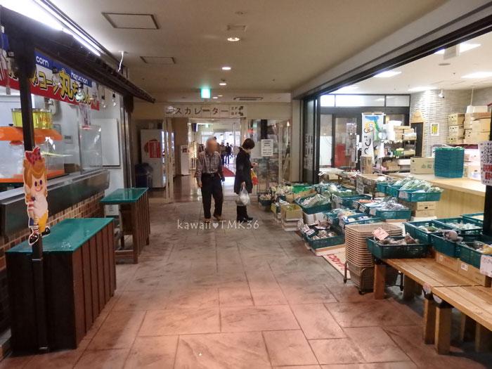 鮮彩えにしのある近江町いちば館への入り口