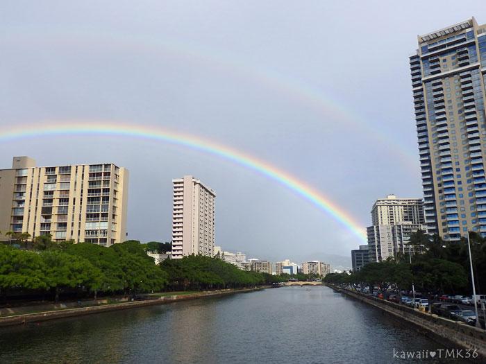 ハワイで、はっきりと濃い大きな虹を見ました♪