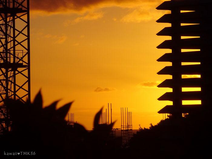 Longhi's(ロンギーズ)から見えた夕焼け空