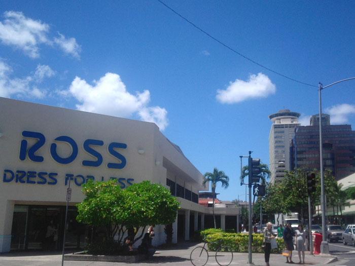 ROSS DRESS FOR LESS(ロス ドレス フォー レス)ケアウモク店