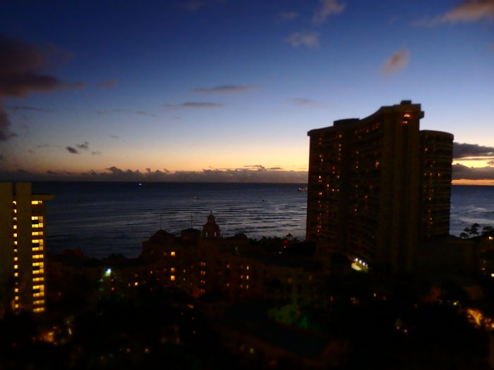 SKY Waikiki(スカイワイキキ)からの景色~夕日が沈んだ後~
