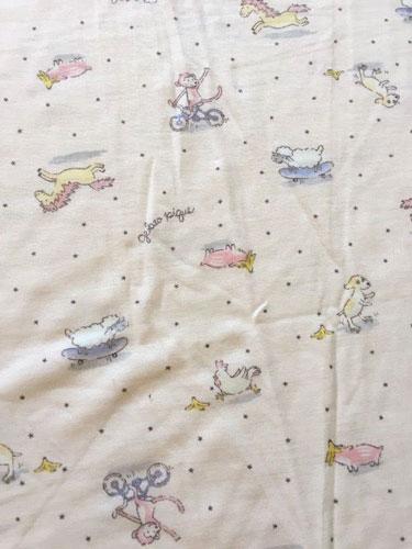 2016年のジェラートピケ福袋の中身~チュニック丈のTシャツ&レギンス~柄アップ